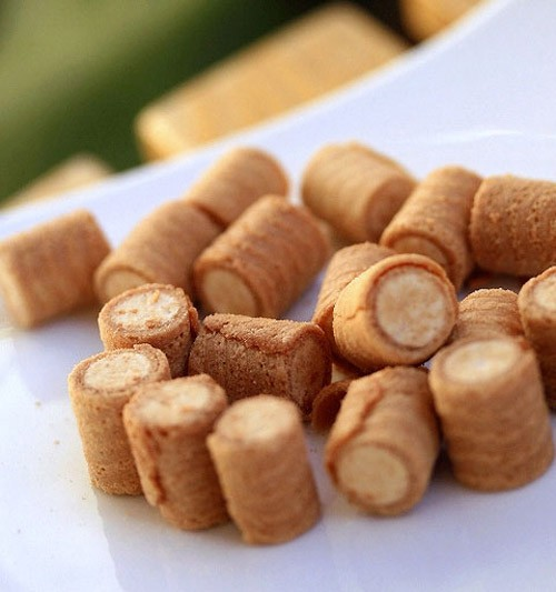 Combini Lovers: Collon Cookies Roll Caramel Pudding