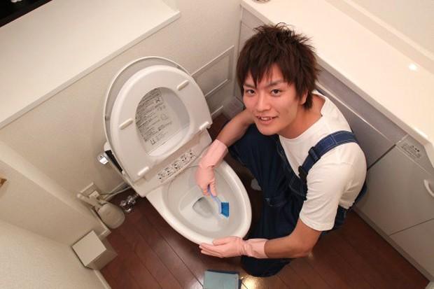 """Nuevo servicio de limpieza en japón; """"La tropa de chicos guapos"""""""