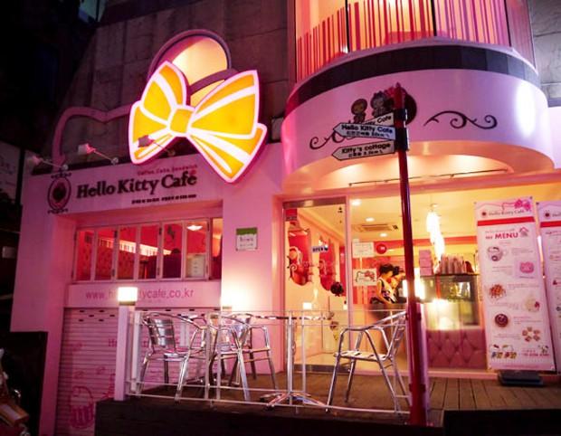 """Cafeterías """"Hello Kitty"""" en Seúl"""