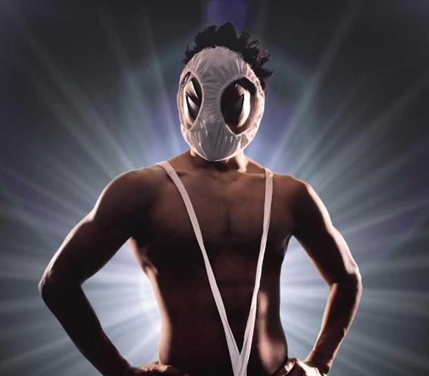 """""""Hentai Kamen"""", el Super Héroe japonés con bragas como máscara ya tiene su propio ramen."""