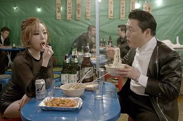 """""""Gentleman"""" de """"Psy"""" ya supera los 100 millones de visionados en You Tube"""
