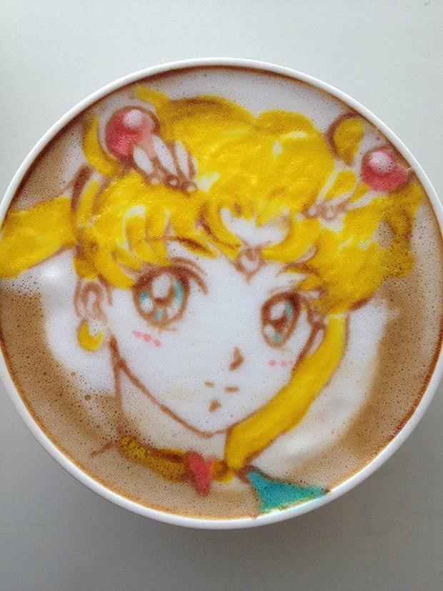"Sailor Moon ""Arte Latte"""