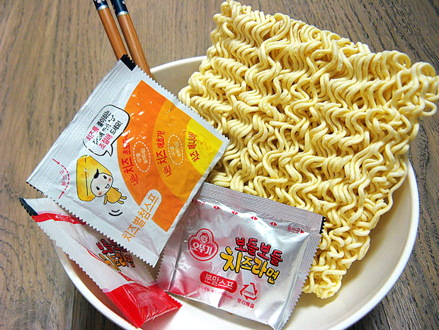 Combini Lovers corea japonshop  Combini Lovers Review: Ramen Coreano de Queso | Cheese Ramyun