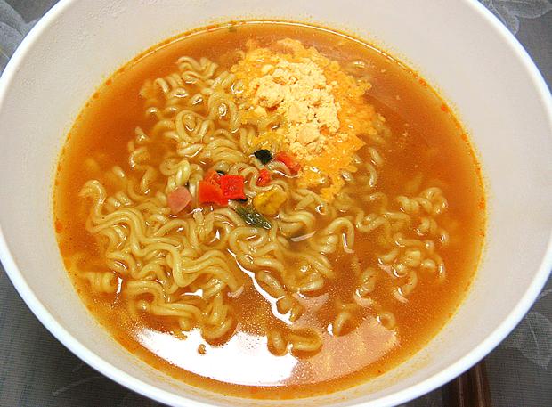 Combini Lovers corea japonshop  Combini Lovers Review: Ramen Coreano de Queso   Cheese Ramyun