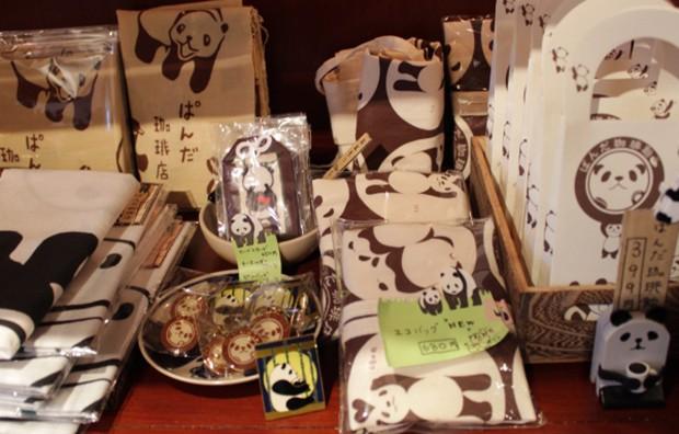 animales comida curiosidades japon kawaii negocios ocio sociedad  Bienvenidos al Panda Coffeehouse de Tokyo