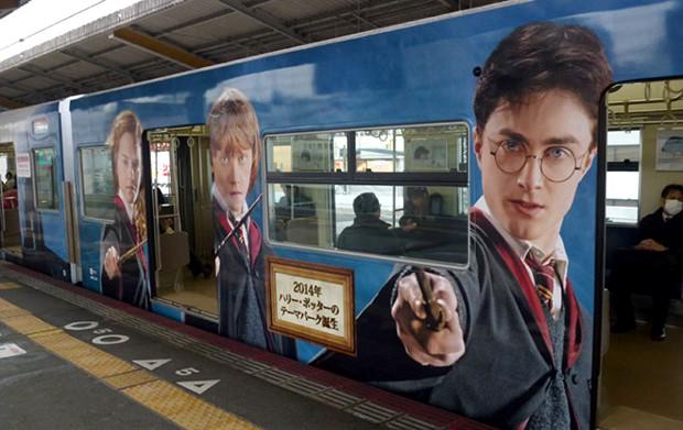 Los trenes de Harry Potter y el Colegio Hogwarts en Osaka