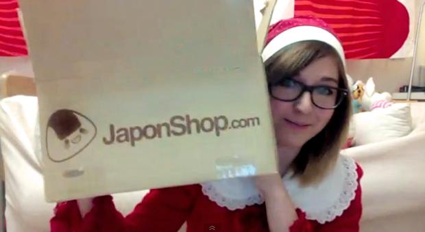"""Bella realiza una """"Video Reseña Navideña"""" de su pedido en JaponShop.com"""