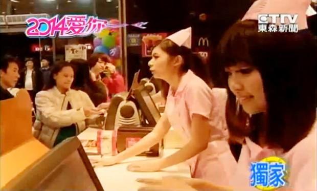 actualidad anime comida curiosidades kawaii negocios ocio sociedad tv video  Enfermeras y médicos en los Mc Donalds de Taiwan