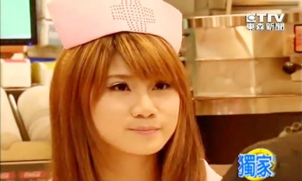 Enfermeras y médicos en los Mc Donalds de Taiwan