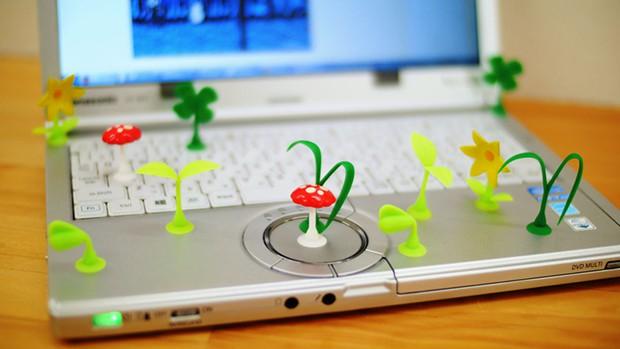 actualidad curiosidades japon kawaii negocios ocio sociedad video  Invento japonés: Plantas y setas por todas  partes…Hasta en el iPhone