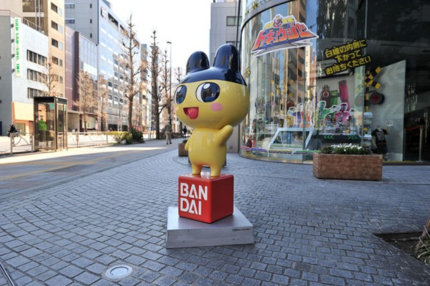 """Las estatuas de los personajes de """"Bandai"""" y """"Namco"""" en Tokyo"""