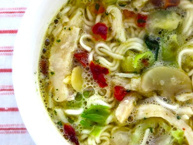 """comida japon sociedad  Presentan en Japón los """"Spanish Cup Noodles"""""""