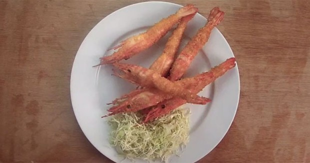 actualidad comida curiosidades japon ocio sociedad spots video  ¡¡Gambas fritas en 3 segundos!! Dentro video!