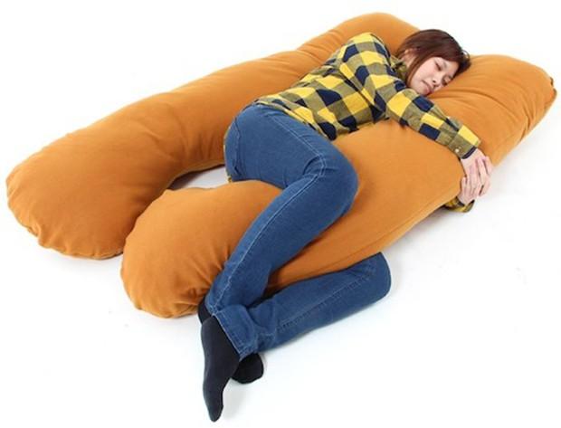 actualidad curiosidades japon sociedad  La almohada que imita la temperatura humana