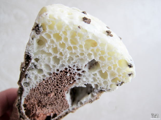 Combini Lovers japon japonshop  Combini Lovers Review: Snack Ice Cream Panda Cookies | Giant Caplico