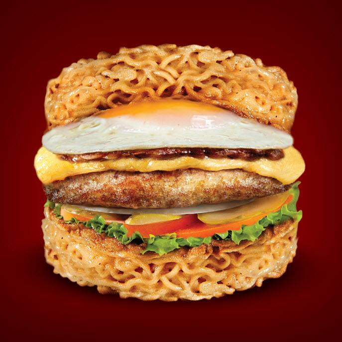 """Receta: Como cocinar en casa una """"Ramen Burger"""""""