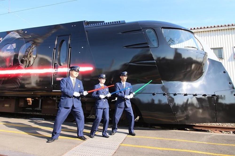 """La """"fuerza"""" te acompañará en tus viajes en los Trenes y aviones de star wars"""