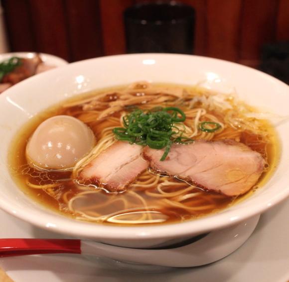 El primer restaurante japonés de ramen con una estrella michelín