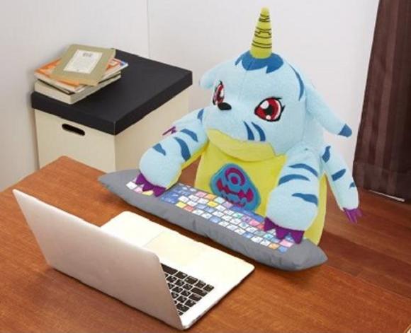 actualidad curiosidades japon  Computer cushion - en Japón lo tienen todos!