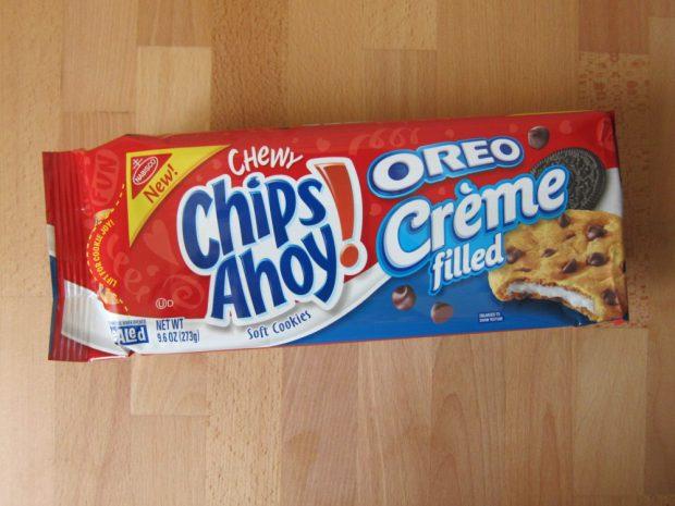 Combini Lovers comida japonshop  Hoy probamos: Chips Ahoy con crema de Oreo! ?