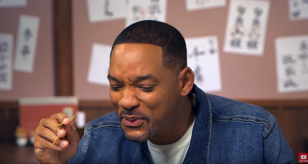 actualidad Go Japan Vídeos! japon  Will Smith en Japón haciendo Sushi con Youtuber Bilingirl Chika