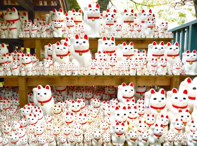 Visitando ando! Gotokuji el templo de los manekinekos en el profundo Japón