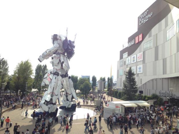 Sin categoría  Gundam Factory Yokohama - Homenaje a Gundam en forma de fábrica de Mechs!