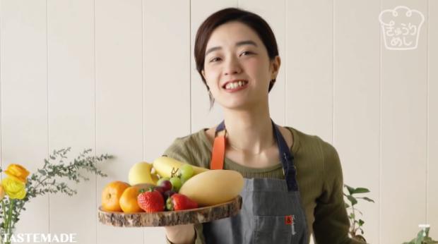 comida curiosidades japon  ¡Receta rápida y fácil! Sandwiches de fruta molones que en primavera levanta pasiones!