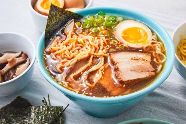 curiosidades japon  ¡Takara Tommy Noodle Slider!! Fideos de ramen para jugar y disfrutar!