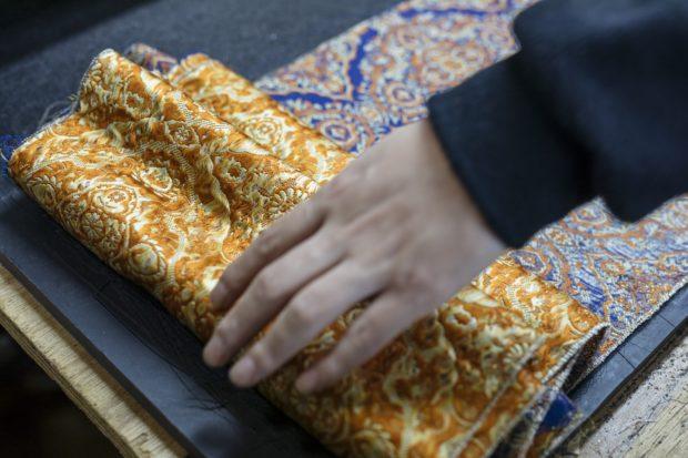 curiosidades japon  ¡Sandalias Obi clásicas diseñadas por una marca de moda japonesa y sostenible!