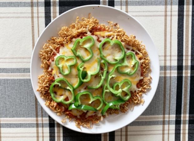 comida japon japonshop  ¡Itadakimasu! Receta de Ramen Pizza con Japonshop!