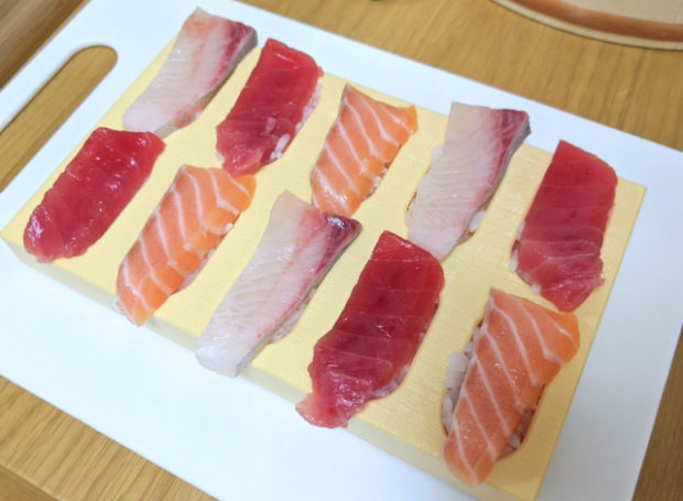 comida curiosidades japon  Tobidase! El invento de Akebono para hacer un Sushi estéticamente perfecto!