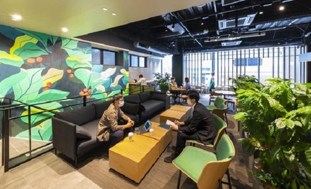 Nuevo Starbucks especial para el teletrabajo en Ginza