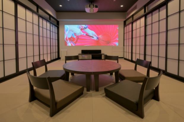 curiosidades japon  Pasando el finde en el Anime Hotel en Tokorozawa Sakura Town