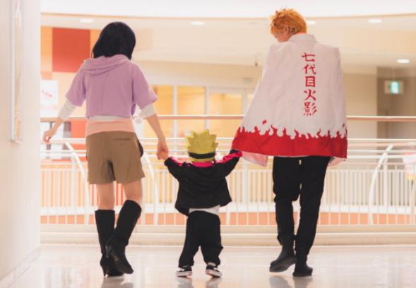 curiosidades japon  ¡La familia que se disfraza junta siempre estará unida!